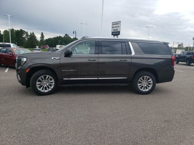 New 2021 GMC Yukon XL SLT